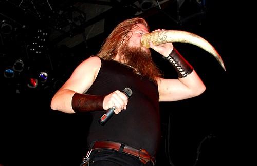 amon-amarth-horn