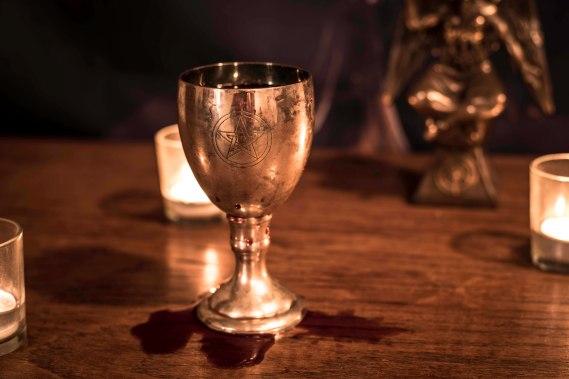 Receiving the Evcharist 2018